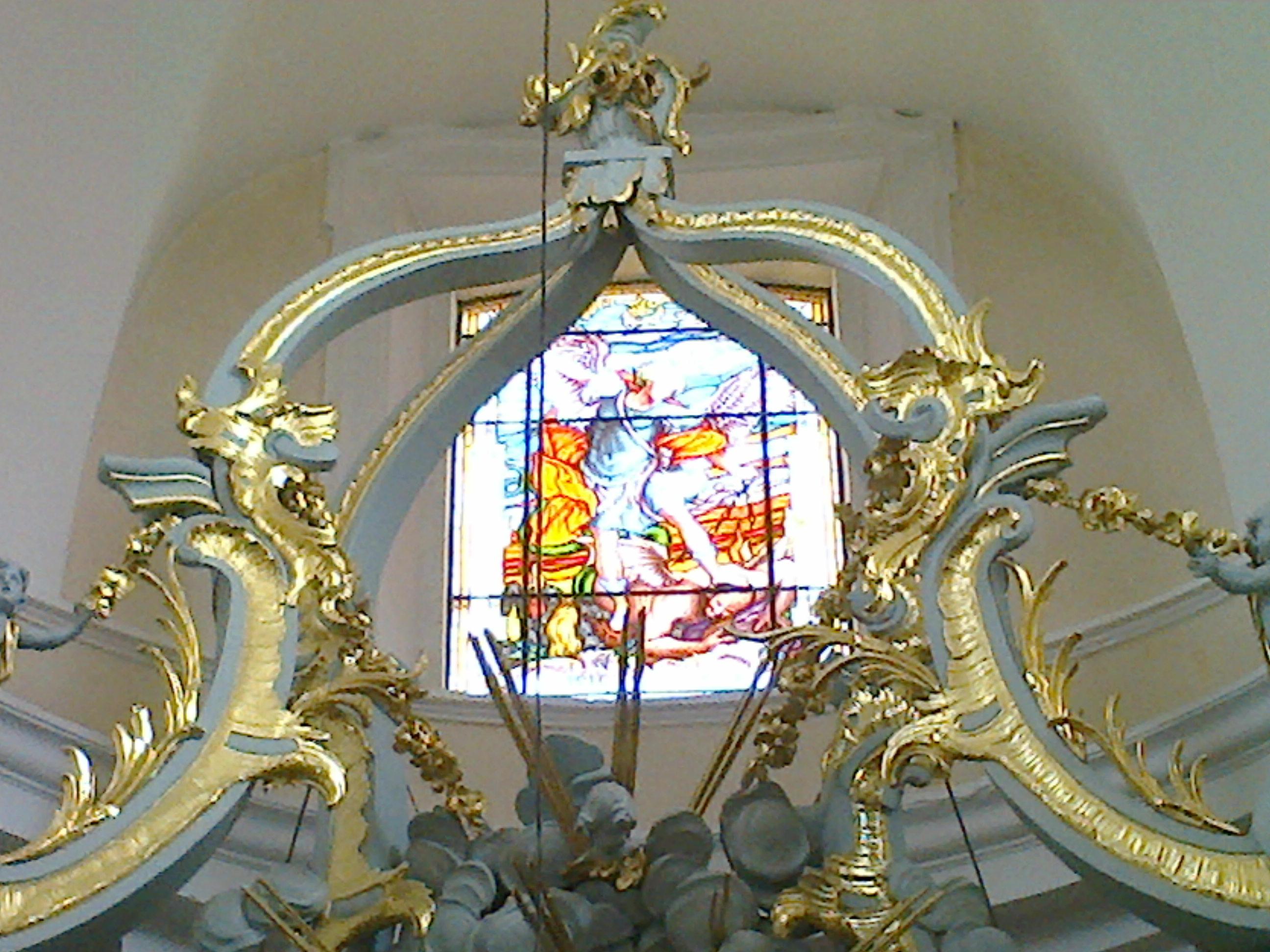 Witraż św. Michała Archanioła