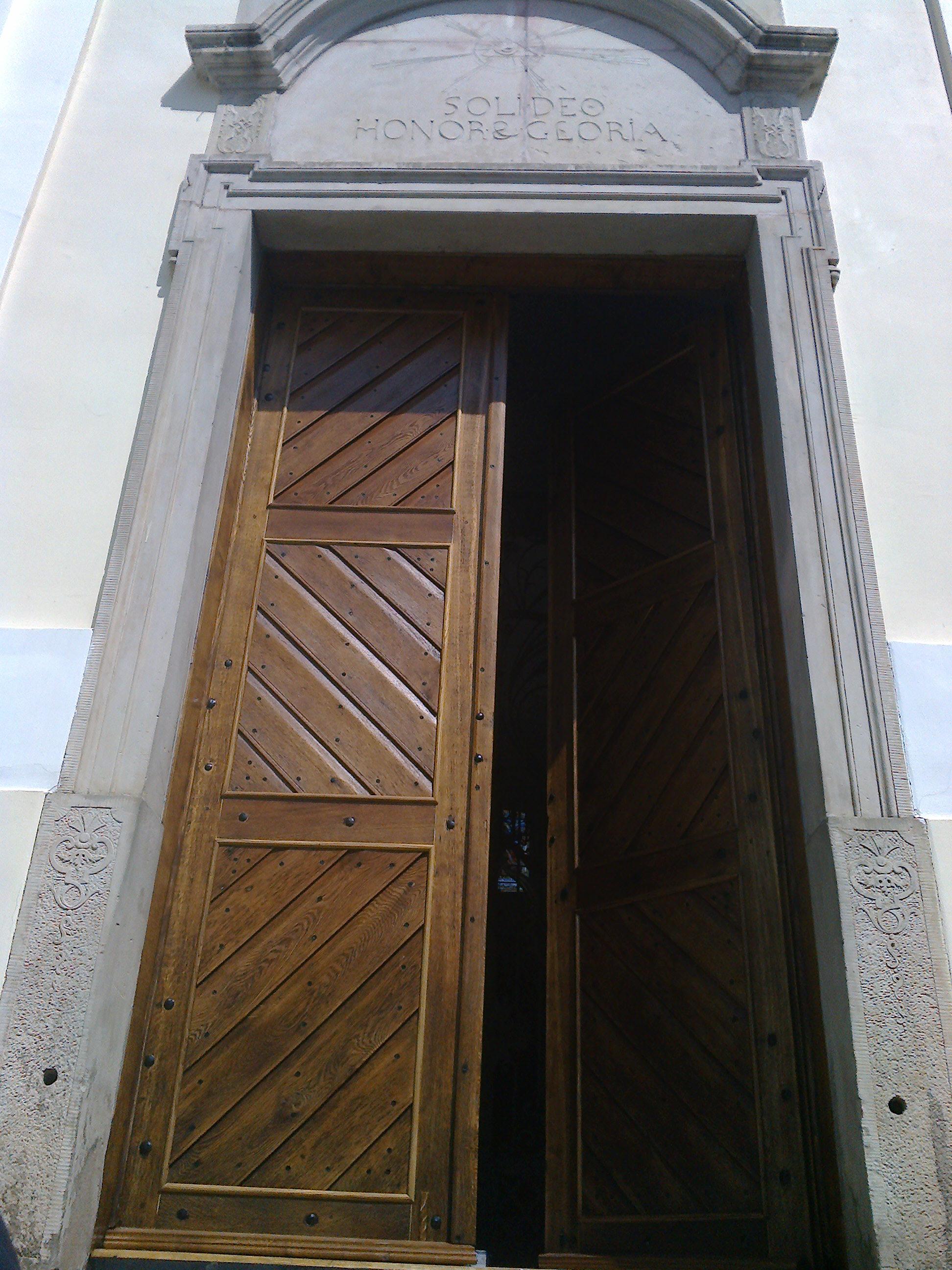Główny portal świątyni