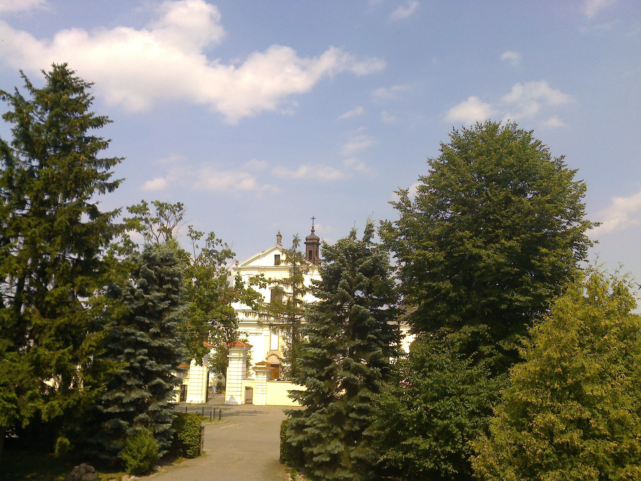 Kościół i ogrody plebanii